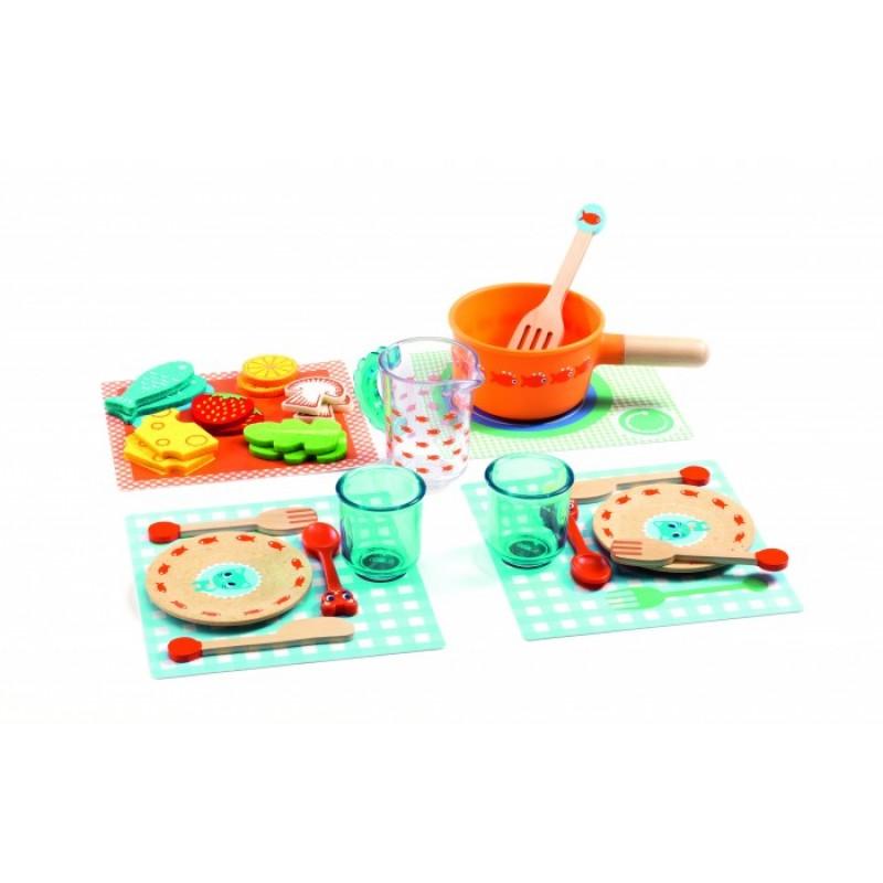 Деревянная игрушка Djeco Игровой набор Котята, к столу!