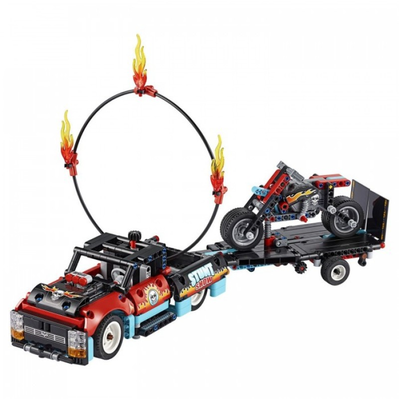 Конструктор Lego Technic 42106 Лего Техник Шоу трюков на грузовиках и мотоциклах